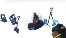 snow cave 001